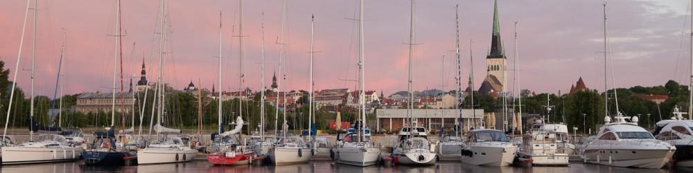 Tallinn Tours - Sailing on Tallinn Bay